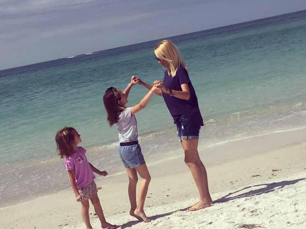 Cu cine se iubește Catrinel Sandu! El îi face zilele frumoase, după divorț