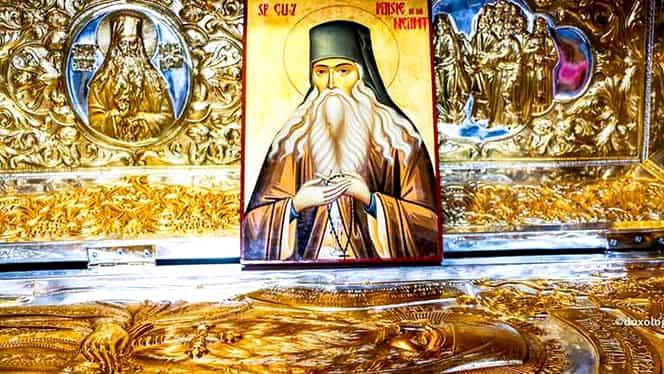 Calendar ortodox, vineri, 15 noiembrie. Sfântul Paisie de la Neamț canonizat în anul 1988