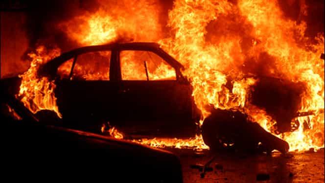 Finul i-a incendiat mașina nașului de cununie! Motivul este unul halucinant!