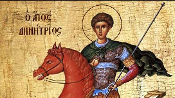 Cruce roșie sâmbătă și dumincă în calendarul ortodox. Este sărbătorit sfântul al cărui nume este purtat de o mulțime de români