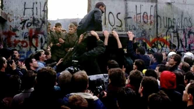 30 noiembrie, semnificaţii istorice! Se finalizează demolarea Zidului Berlinului
