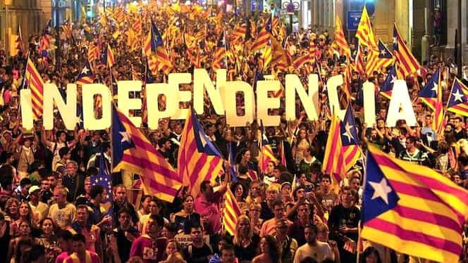 Catalonia, scene de revoluţie în ziua referendumului! Poliţiştii au tras în populaţie! Guvernul catalan a anunţat un număr uriaş de victime! Imagini tulburătoare! VIDEO