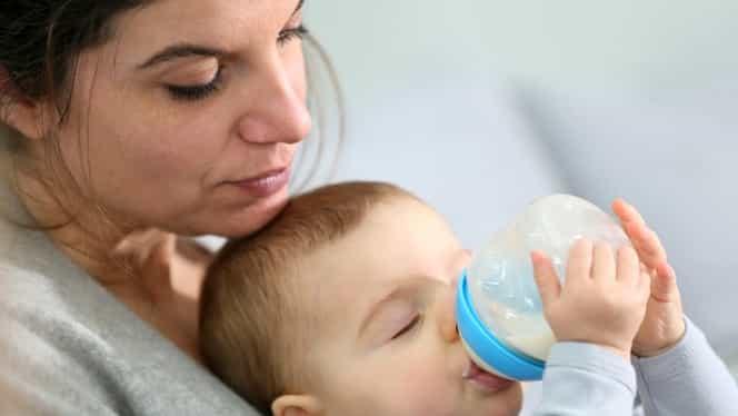 Bebeluşii din România, în pericol! Vezi ce lapte este contaminat cu salmonella!