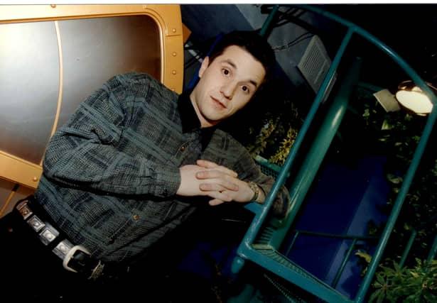 Cum arăta Andi Moisescu cu 10 ani înainte să fie în juriul Românii au Talent. Galerie FOTO