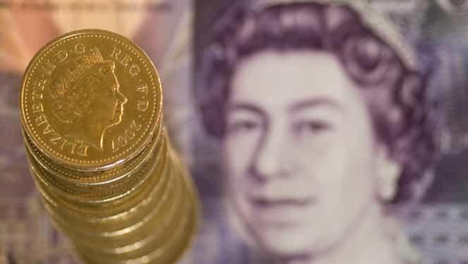 Efectul ieşirii din UE. Lira sterlină a căzut la cel mai scăzut nivel din ultimii 31 de ani!