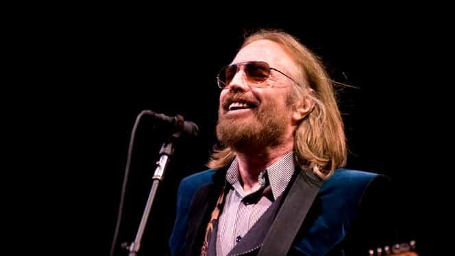 A murit muzicianul Tom Petty. A fost găsit inconştient în locuinţa sa din Malibu