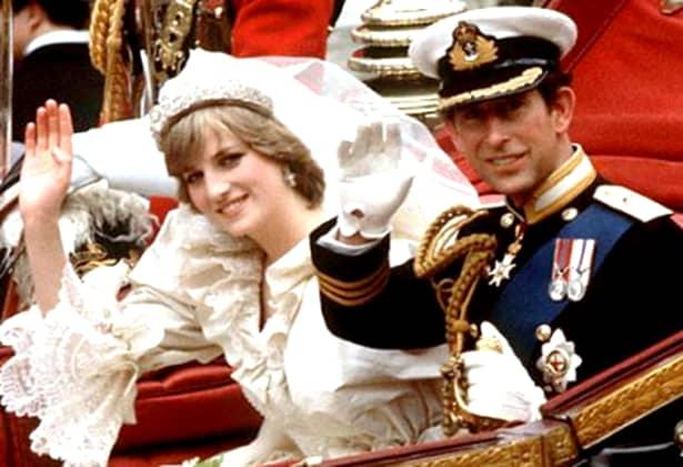Imediat după divorțul de Prințul Charles, cu care avea doi copii,Diana a păstrat apartmentul din Palatul Kensington, complet redecorat și aceea a fost casa ei până când a murit.