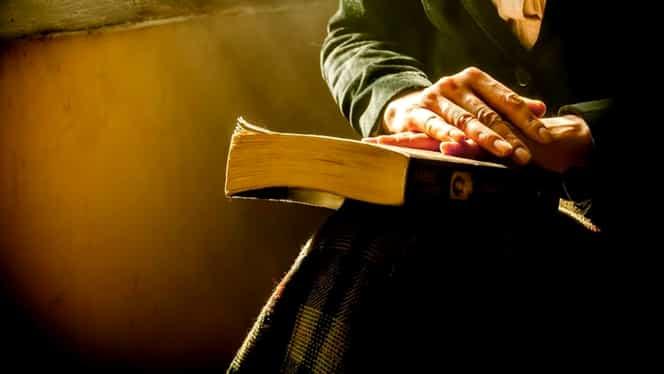 Cea mai puternică rugăciune pe care e bine să o spui în Postul Paștelui