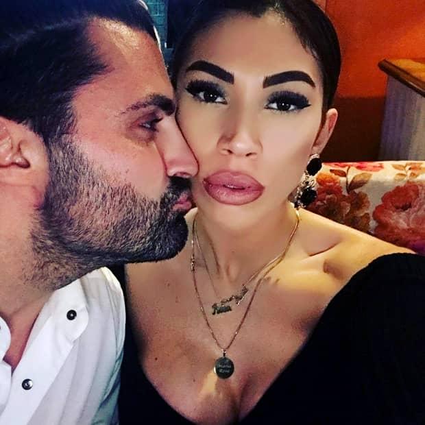 Pepe şi Raluca Pastramă au fost naşi de cununie. Soţia cântăreţului s-a schimbat vizibil. FOTO