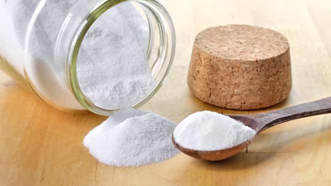 Bicarbonatul de sodiu, secretul bucătarilor. Se pune în tigaie atunci când prăjești ceapa