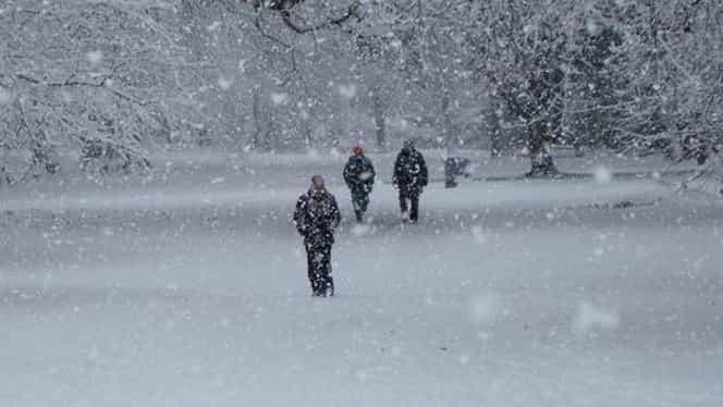 Iarna nu ne mai menajează! Cod portocaliu de ninsori masive! Zonele lovite de viscol!