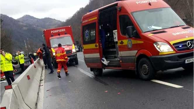 Accident mortal în Sibiu. Două persoane și-au pierdut viața, iar alte 3 au fost rănite. A fost instalat codul galben de urgență
