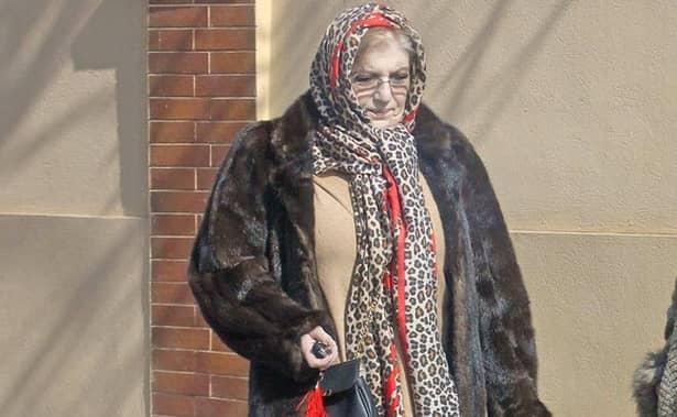 Corina Chiriac, de nerecunoscut! Cum a apărut pe stradă, în plină zi