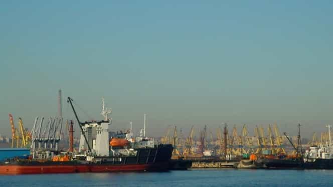 Conflict lângă România. Ucraina a reținut un petrolier al Rusiei în portul Ismail