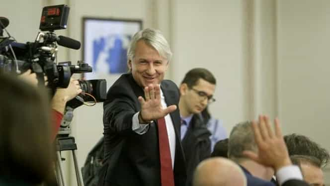 Eugen Teodorovici, chemat să dea explicaţii în Parlament, după prăbuşirea bursei