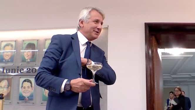Eugen Teodorovici a sărbătorit cu șampanie plecarea din Guvern! Ironii către noul ministru al Finanțelor Florin Cîțu