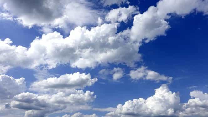 Prognoza meteo joi 13 septembrie. Toamna s-a răzgândit să apară!