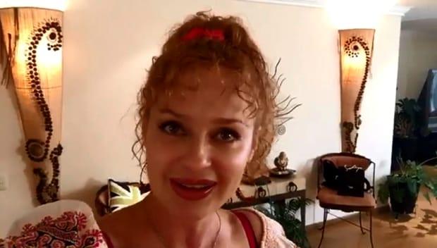 Ioana Benedek s-a pocăit şi s-a retras din lumea telenovelelor! Cum a ajuns să arate românca