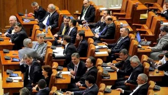 Sondaj CURS: Cei mai apreciați politicieni! Viorica Dăncilă e peste Liviu Dragnea! Pe ce loc sunt Iohannis și Cioloș