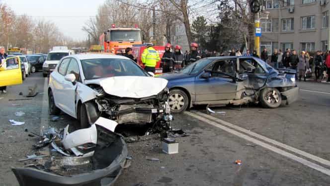 Noi modificări la Codul Rutier. Șoferii nu mai pot ține pasul! Toți care au RCA trebuie să știe ultimele schimbări!