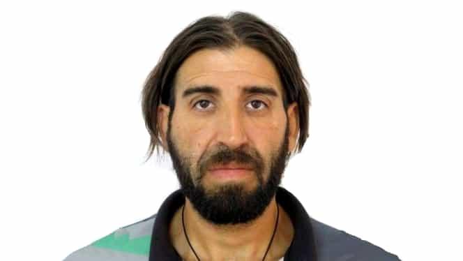 El este recidivistul extrem de periculos căutat în toată România. A lovit de 22 de ori un bătrân cu un box metalic
