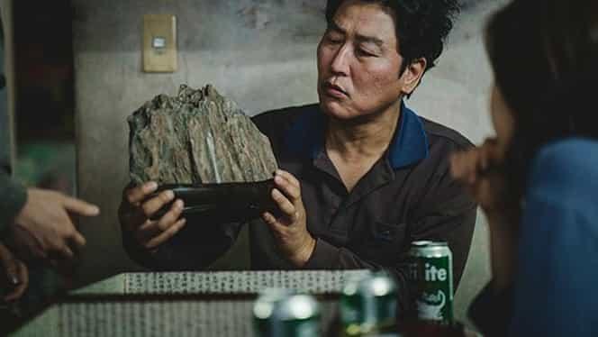 Despre ce e vorba în Parasite, filmul sud-coreean care a luat Oscarul pentru cel mai bun film