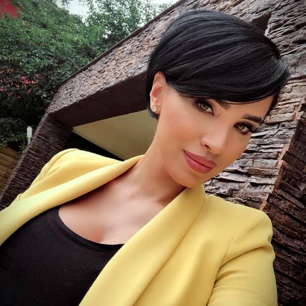 Adelina Pestrițu, imagine din spitalul unde va naște! Ce face înainte de clipa cea mare