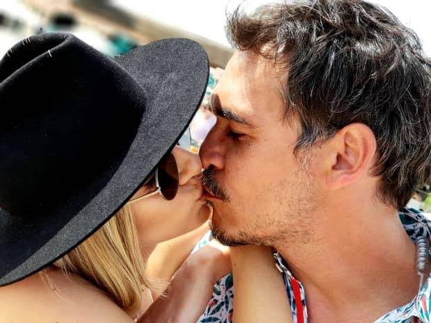 Lidia Buble căștigă mai mult decât Răzvan Simion! Ea încasează de patru ori venitul iubitului ei