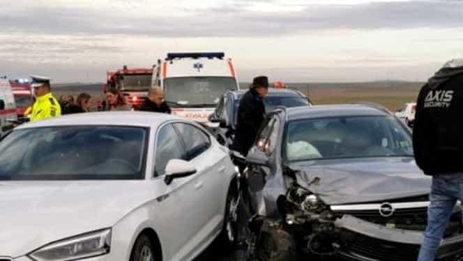 Accident înfiorător pe A1! Printre victime se află și copii