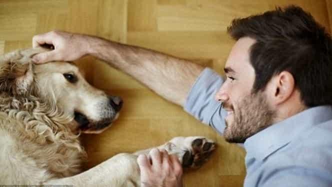 Și-a pierdut mâinile și picioarele după ce a fost lins de propriul câine