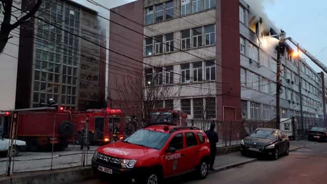Incendiu puternic la un depozit din zona Obor, în București! Imagini de la fața locului