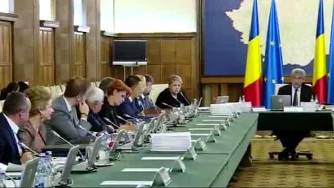 """Tudose l-a învins pe Dragnea la Comitetul Executiv Naţional al PSD. """"Am ameninţat cu demisia!"""" Doi miniştri importanţi sunt out!"""