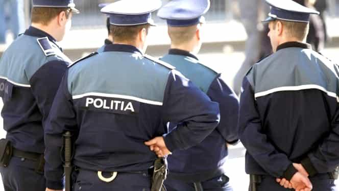 Mesajul unui polițist, după ce a văzut fluturașul de salariu al unui infirmier: Mi-am cumpărat găleată și mop