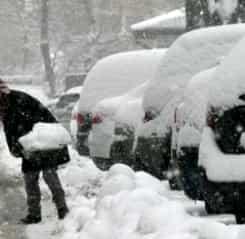 Ninge de Crăciun? Ce avertizări meteo avem pentru vreme în luna decembrie