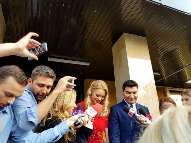 Valentina Pelinel a părut vizibil emoționată, dar și foarte fericită, în această zi foarte importantă pentru ea