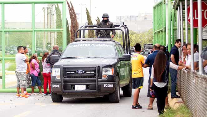 Iadul s-a dezlănţuit în penitenciar! 13 oameni au murit şi alţi 25 au fost răniţi! Mascaţii au intrat în forţă GALERIE FOTO
