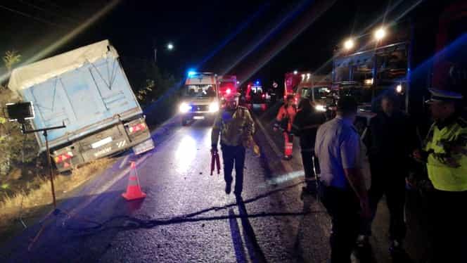 Accident extrem de grav și plan roșu de intervenție pe DN 2A, în Ialomița: 10 morți! Victimele lucrau la Mega Image. Mesajul lui Klaus Iohannis și al ministrului Transportului Video + Foto