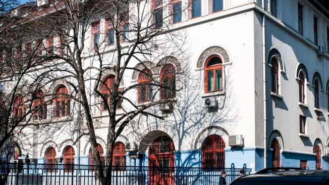 Zeci de școli închise în București din cauza gripei