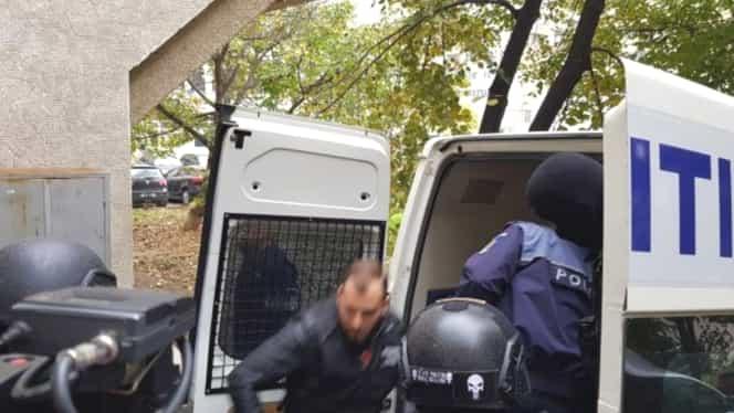 Rețineri în Clanul Sportivilor! Patru membri au fost arestați după ce au incendiat casa familiei Corduneanu din Iași