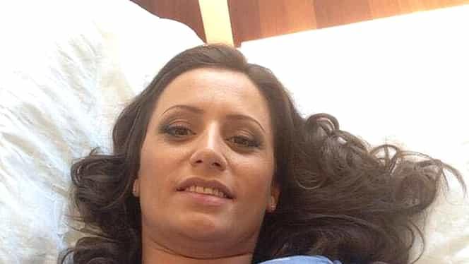Ioana, profesoara din Bucureşti ajunsă vedetă în filme pentru adulţi! Cum arată tânăra!