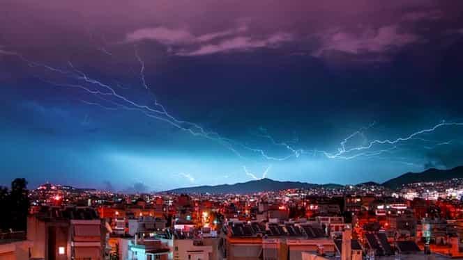 MAE, avertizare de călătorie în Grecia! Este cod roșu de furtună în mai multe regiuni