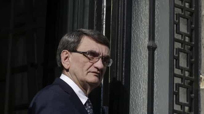 """Victor Ciorbea a scăpat de datorii, după amnistia fiscală. Cu câți bani a rămas """"în buzunar"""" fostul Avocat al Poporului"""