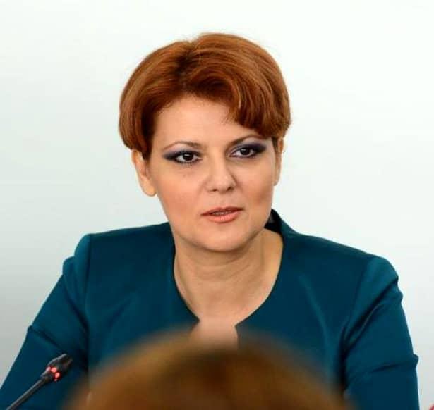Ministrul Muncii a făcut declarații cu privire la pensiile crescute. Guvernul a adoptat într-o ședință, miercuri, 10 octombrie, proiectul nou al Legii Pensiilor. Documentul conține și avizul Consiliului Econimic și Social. Lia Olguța Vasilescu a exemplificat clar, cu câteva calcule, pentru a nu mai putea fi interpretabil, situația dublării pensiilor în interiorul mandatului.