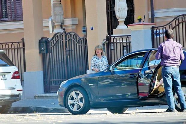 Cum a apărut Maria Băsescu, la botezul din acest weekend! Fosta primă Doamnă a fost scumpă la vedere