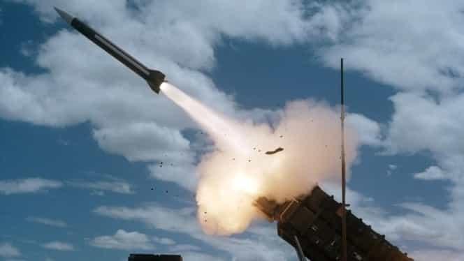 Un avion civil, la un pas să fie doborât de armata siriană. Rusia acuză Israelul că folosește zborurile de pasageri ca scut împotriva artileriei antiaeriene
