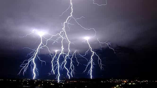 Prognoza meteo 15 august! Vreme caldă, cu avertizare de furtună!