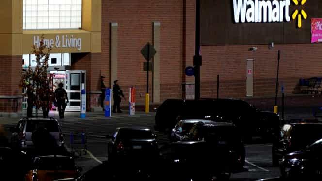 Un nou atac armat în SUA. Trei oameni împuşcaţi mortal într-un centru comercial