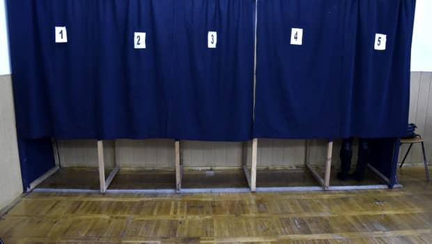 Alegeri prezidențiale 2019, turul 2! Fără selfie-uri cu votul! O astfel de fotografie te trimite direct la Poliție