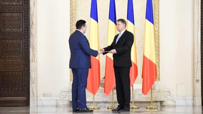 Viorica Dăncilă a lipsit de la jurământul de învestitură, depus azi de Daniel Suciu și Răzvan Cuc