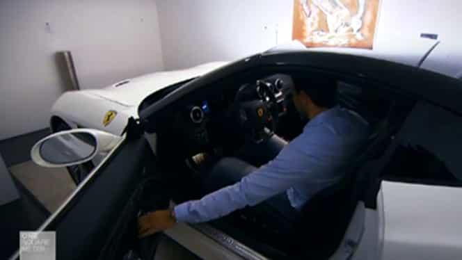 Ultima fiţă! Milionarul care stă în apartament cu un Maserati, un Ferrari şi un Porsche